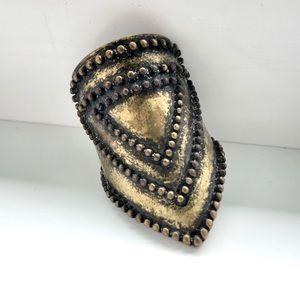 NWOT - Vintage Style Ring Old Gold Coloured